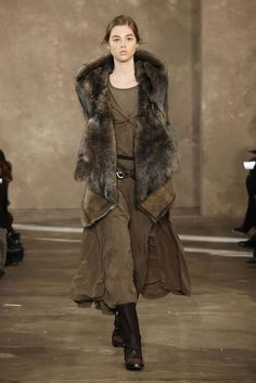 what a wanted mage might wear around thedas to remain inconspicuous,  Donna Karan Pre-fall 2011-12