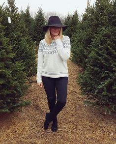 Holiday outfit inspiration, fair isle sweater, old navy outfit, black ripped jeans, winter floppy hat outfit | GLITZ A Beautiful Life