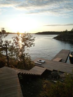 Image 8 of 16 from gallery of Villa Överby / John Robert Nilsson Arkitektkontor. Photograph by John Robert Nilsson Villa, Landscape Design, Garden Design, Terrasse Design, Stockholm Archipelago, Haus Am See, Cabins In The Woods, Lake Life, Glass House