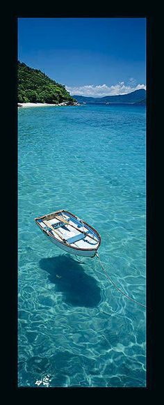 I want to be on this boat!    © peter lik. - three letters : WOW
