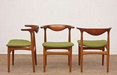 251 Dining Set By Designer: Knud Faerch