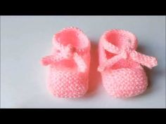 Baby Knitting Patterns, Baby Patterns, Baby Romper Pattern Free, Knit Shoes, Crochet Baby Booties, Crochet Videos, Crochet Clothes, Baby Shoes, Kids