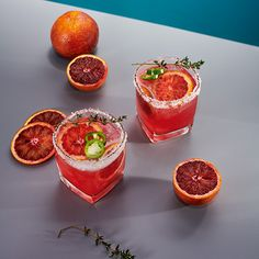 Recette : Sodastream Canada Cocktail And Mocktail, Cocktail Recipes, Cocktails, Drink Recipes, Margarita Ingredients, Margarita Recipes, Tranches D'orange, Orange Wheels, Orange Sanguine