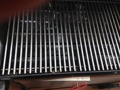 How to clean the bbq grill in a snap - B+C Guides Bbq Grill, Grilling, Clean Grill Grates, How To Clean Bbq, Bar B Q, Cooking Temperatures, Cleaning Hacks, Baking Soda, Fire