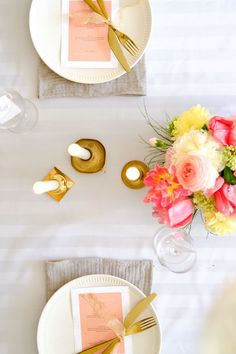 Bright colours for this Easter tablescape on a budget.