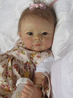 ^^Find out about reborn dolls. Click the link to read more****** Viewing the website is worth your time. Reborn Babypuppen, Reborn Toddler Dolls, Newborn Baby Dolls, Child Doll, Reborn Dolls, Reborn Babies, Life Like Baby Dolls, Life Like Babies, Real Baby Dolls