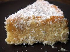 Kokosraspeln und Kokosmilch = supersaftiger Kokosmilchkuchen – Schokohimmel Grated coconut and coconut milk = super-juicy coconut milk cake – chocolate. Easy Cake Recipes, Sweet Recipes, Baking Recipes, Dessert Recipes, Milk Cake, Sweet Cakes, Coffee Cake, No Bake Cake, Sweet Tooth