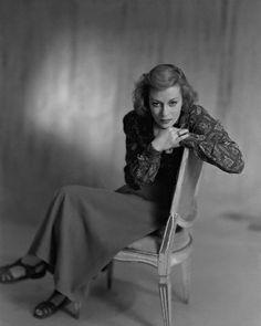 Actress Uta Hagen 1949 | Flickr - Photo Sharing! Tony Winners, Tennessee Williams, E Photo, Meryl Streep, Amazing Women, Amazing People, Classic Hollywood, Golden Age, Girl Crushes