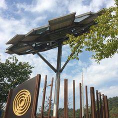 남해고속도로에 있는 지수 졸음쉼터에 2kw용량의 태양광 발전시설. 도로공사가 좋은. 일을 하는군요.