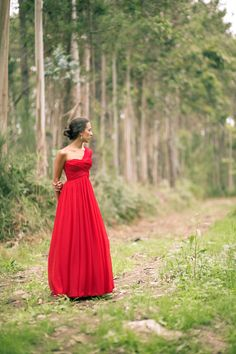 vestido-rojo-asimetrico-red-dress-one-shoulder-mango-mel-rose-place-003