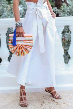 Best beach vacation accessories  - Cult Gaia bag