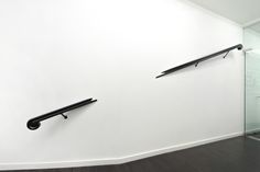 Vanessa Henn - TOUCHED - 2015 - Wood and steel, 300 cm