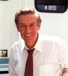 """JERRY ORBACH For more than a decade, television actor Jerry Orbach played Detective Lennie Briscoe on NBC's long-running show """"Law & Order.Died from Prostrate Cancer, People, Tv Stars, Jerry Orbach, Gone Too Soon, Celebrity News, Tv Shows, Celebrities, Celebrity Pictures, I See Stars"""