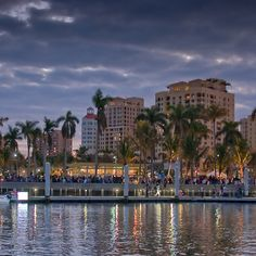 Waterfront and City Commons (West Palm Beach, Florida)