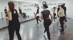 Mañanas que se bailan! Fragmento de #JazzFunk con Chiara.  Lunes de 12:00 a 13:30h