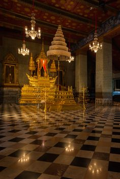 Gran Palacio, Bangkok, Tailandia, DD 57 - Grand Palace - Wikipedia, the free encyclopedia Thailand History, Culture Of Thailand, Thailand Art, Bangkok Thailand, Palace Interior, Throne Room, Holiday Apartments, Royal Palace, Thailand