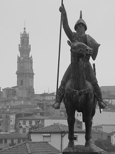 Vimara Peres who pushed the Moors south of the Douro in 868. Statue is near the Sé