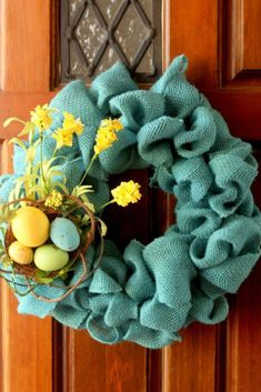 easiest burlap wreath goes blue. i took my original burlap wreath and replaced it with blue burlap. perfect for spring and easter time. Easy Burlap Wreath, Burlap Crafts, Diy Wreath, Wreath Ideas, Wreath Making, Diy Crafts, Diy Spring Wreath, Diy Ostern, Easter Crafts