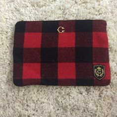 C Wonder plaid clutch Red and black clutch from wonder, flannel material Cwonder Bags Clutches & Wristlets