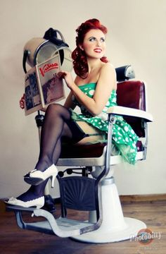 Soo pretty! Perfect pin up hair and a retro flair! :: Modern Day Pin Up:: Rockabilly Pin Up