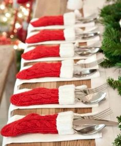 mini stocking table settings and other great Easy Christmas Decorations