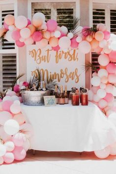 Super champagne brunch party ideas Mimosa bar ideas - Super champagne brunch party ideas Mimosa bar ideas Best Picture For birthday brunc - Bridal Shower Planning, Bridal Shower Party, Bridal Shower Decorations, Wedding Showers, Bridal Shower Balloons, Bridal Shower Snacks, Wedding Planning, Bridal Shower Banners, Brunch Decor
