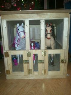 American Girl Dolls : 2 ft x 2 ft horse stable made for the 18 inch doll horses from target. American Girl Doll Horse, American Girl House, American Girl Parties, Girl Doll Clothes, Girl Dolls, Ag Dolls, Diy Toys And Games, Barbie Horse, American Girl Furniture