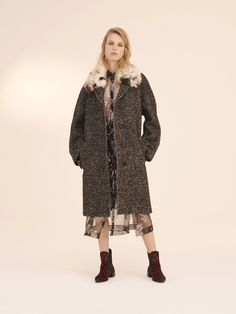 Topshop Unique Pre-Fall 2016 Collection Photos - Vogue