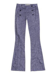 Calça feminina hering flare com botões frontais na cor azul em tamanho 034.  Consolidada na dc52057364e9c