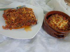 ΜΑΓΕΙΡΙΚΗ ΚΑΙ ΣΥΝΤΑΓΕΣ: Μελιτζάνες στο φούρνο ,η νοστιμιά τους δεν περιγράφετε !! Greek Dishes, Vegetable Dishes, Lasagna, Macaroni And Cheese, Lunch, Vegetables, Cooking, Ethnic Recipes, Greek Beauty