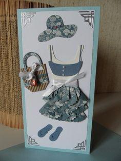 Carte avec tenue estivale , robe ,chapeau ,sac et tongues : Cartes par made-by-newscrapeuse