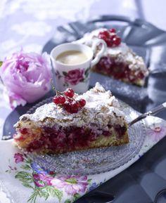 Unser beliebtes Rezept für Johannisbeer-Kokos-Kuchen und mehr als 55.000 weitere kostenlose Rezepte auf LECKER.de.
