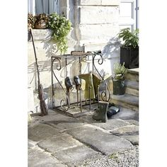 Butler for boots ...made of wrought iron :)