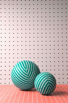 Repetition and Rhythm on the wall and the balls