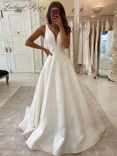 Satin A-line Wedding Dresses V-neck Chapel Train Vestido De Novia Bridal Gowns