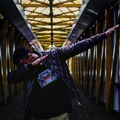 Tee shirts lumineux par Heart JacKing. Le tee shirt lumineux led réagit à la musique et s'anime selon le volume sonore ! https://www.heartjacking.com/fr/42-t-shirt-led-lumineux   Le t-shirt lumineux est un concept génial. En effet le t shirt lumineux equalizer s'illumine et réagit au rythme de la musique grâce à sa commande acoustique ! C'est le mini micro intégré dans le t shirt lumineux qui permet au t shirt lumineux equalizer de devenir lumineux en réagissant au son. Juste à lintersection…