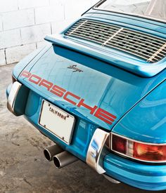 The Latest Remastered Porsche 911 From Singer Vehicle Design Is Incredible