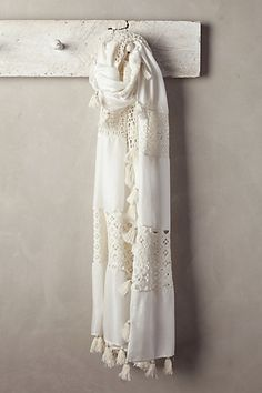 Anthropologie Patched Lacework Scarf Found on my new favorite app Dote Shopping Duppata Style, Embroidery Scarf, Head Scarf Styles, Spring Fashion Outfits, Summer Scarves, Shabby Chic Style, Indian Designer Wear, Designer Dresses, Creations