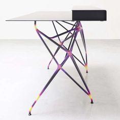 Exposed Reversible Furniture : TAF Upside-Down Table