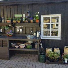 Silvan konkurrence - Hundehus/plantebord Home And Garden, Outdoor Kitchen Design, Outdoor Storage, Tack Room, Inspired Living, Potting Table, Inspiration, Outdoor Kitchen, Kitchen Design