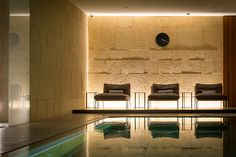 Onyx, oak and carved Vicenza stone make the Spa a seductive sanctuary that's perfect for a quick getaway. #milan #bulgarihotelmilano #wellness #luxuryspa #bulgarispa #bulgarihotels