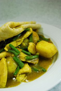 Roti - Dish from Suriname that you have to try if you have the chance!