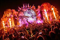 Tomorrowland 2015 Päivä 1 Highlights: Avicii, David Guetta, Steve Aoki & More | Mainostaulu