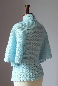 Diy Crafts - Crocheted bed jacket or light cardigan Crochet Coat, Crochet Jacket, Crochet Cardigan, Crochet Shawl, Crochet Clothes, Crochet Stitches, Baby Knitting Patterns, Crochet Patterns, Mode Crochet