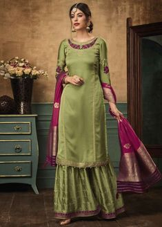 Buy Green Embroidered Sharara Suit online, SKU Code: This Green color Party sharara suit for Women comes with Embroidered Faux Georgette. Pakistani Dresses, Indian Dresses, Indian Outfits, Eid Dresses, Indian Clothes, Formal Dresses, Sharara Suit, Salwar Kameez, Anarkali Suits