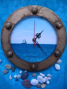 Часы для души http://dcpg.ru/blogs/6164/ Click on photo to see more! Нажмите на фото чтобы увидеть больше! decoupage art craft handmade home decor DIY do it yourself clock Materials and techniques: print acrylic paint varnish etc.