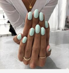 25 Trending Light Nails Color for Fall Winter Decorating your nails is very easy… - Nageldesign Mint Nails, Mint Green Nails, Pink Oval Nails, Oval Acrylic Nails, Yellow Nails, Orange Toe Nails, Blue Shellac Nails, Pastel Color Nails, One Color Nails