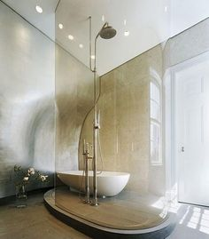 Modern shower designs, glass enclosures and stylish bathtubs can dramatically change bathroom design and add a contemporary vibe or industrial feel to these functional rooms Bad Inspiration, Bathroom Inspiration, Interior Simple, Masculine Bathroom, Douche Design, Shower Filter, Luxury Shower, Modern Shower, Shower Enclosure
