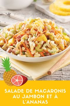 L'ananas rend cette recette encore plus estivale! Vous craquerez aussi pour la mayonnaise aromatisée au miel et aux oignons verts. Pasta Salad, Great Recipes, Meal Prep, Salads, Lunch, Meals, Ethnic Recipes, Food, Marinated Tomatoes
