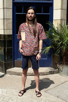 Hailing from the creative hub for fashion, art and culture that is East London, Dent de Man demonstrates a unique approach to style with a mixture of classic and modern handcrafted designs. The fabrics used are of Vintage... »